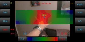 HTC_1x+_Hand_8Hz